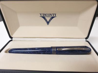 Penna roller Visconti Amigdala in resina blu