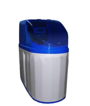Addolcitore Cabinato 10 litri con valvola di programma Clack.