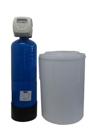 Addolcitore Doppio corpo 20 litri con valvola di programma Clack.