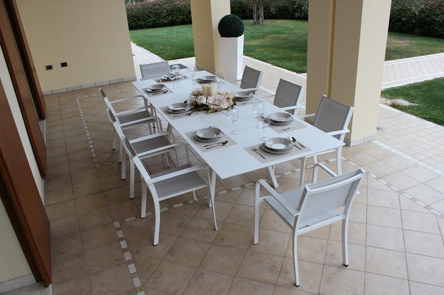 Tavolo alluminio da giardino ZANZES bianco allungabile 200 x 300 x 110 pesante e massiccio