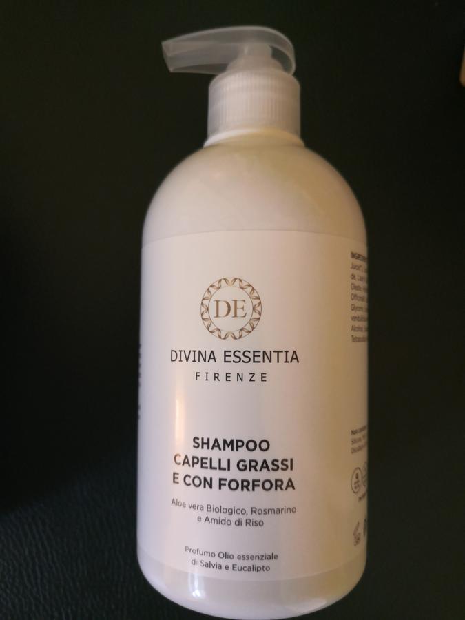 Shampoo capelli grassi e con forfora bio Divina Essentia Firenze