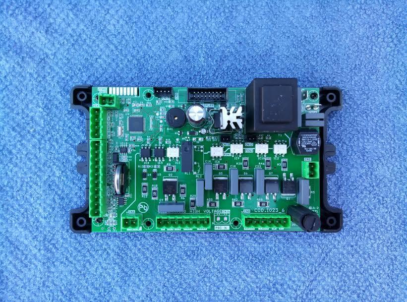 SCHEDA ELETTRONICA COMP. CON CIRCOLATORE ELETTRONICO 412027PBC