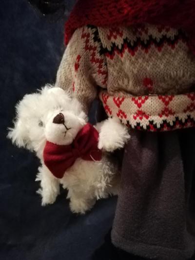 Bambola da Collezione in Porcellana con sciarpa rossa e Orsetto RF Collection Qualità Made in Germany