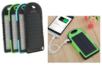 POWER BANK SOLARE CARICABATTERIE IMPERMEABILE TORCIA LED A 3 MOD 10000mAh