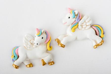 Unicorno magnete in due modelli assortiti, linea Cuordincanto