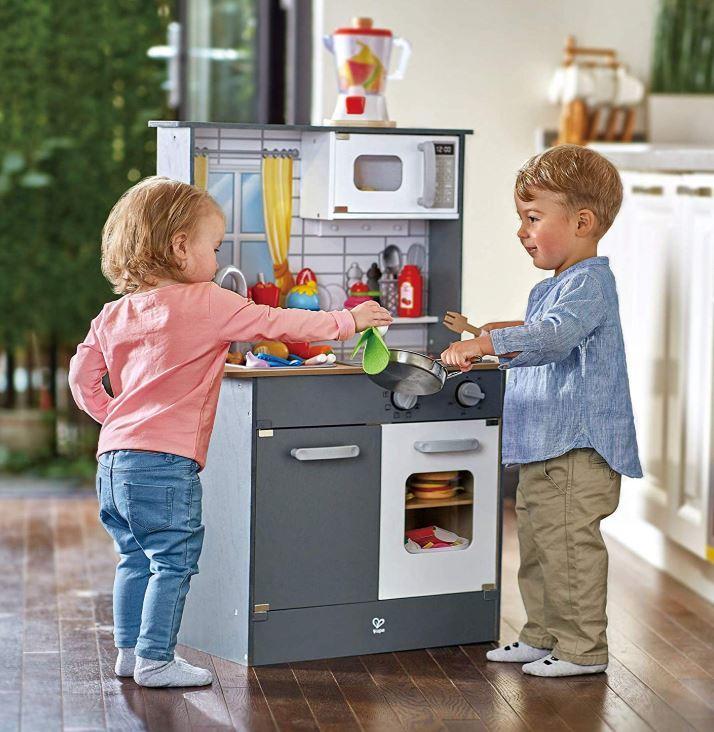 Cucina Multifunzione Top Chef Grigia per Bambini in Legno di Hape - Offerta