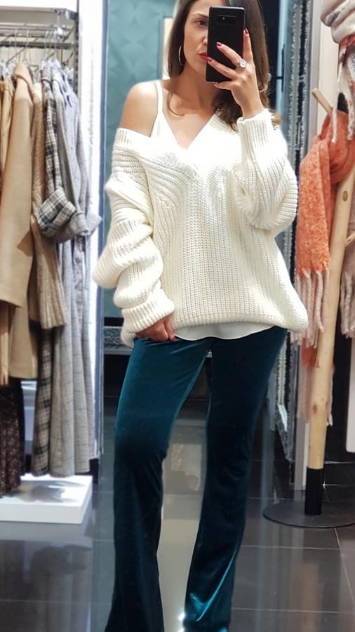 Pantalone in ciniglia con fondo ampio