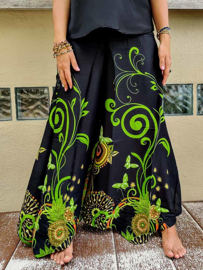 Woman's flared trousers Keertana - butterfly green
