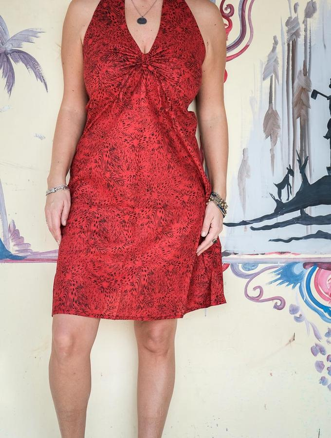 Short dress woman Medha with neck lacing - red
