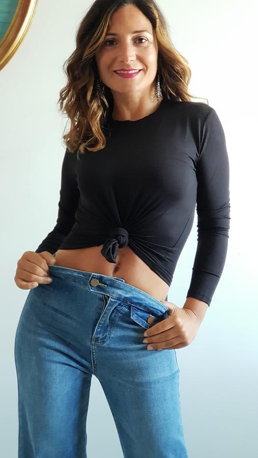 Tshirt paricollo in microfibra elastica