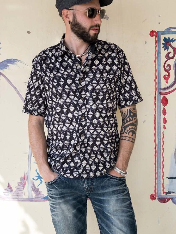 Budhil man shirt short sleeve - black & white