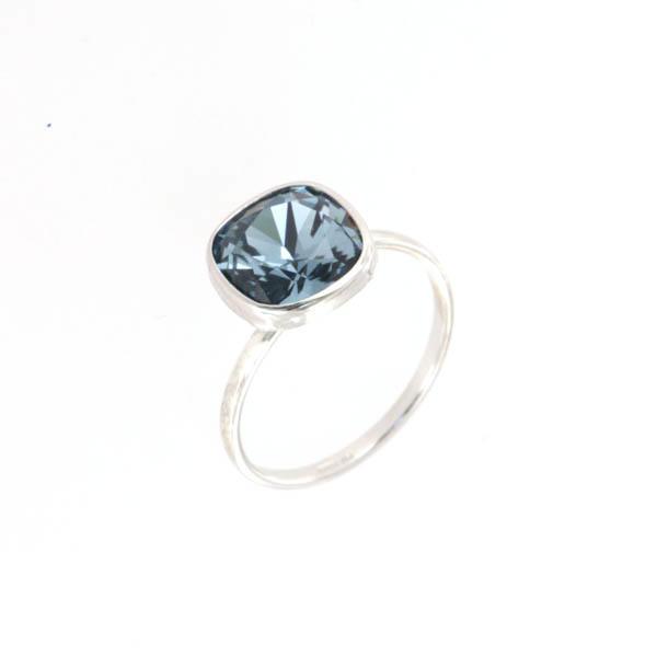 Anello solitario con cristalli swarovski BYSIMON