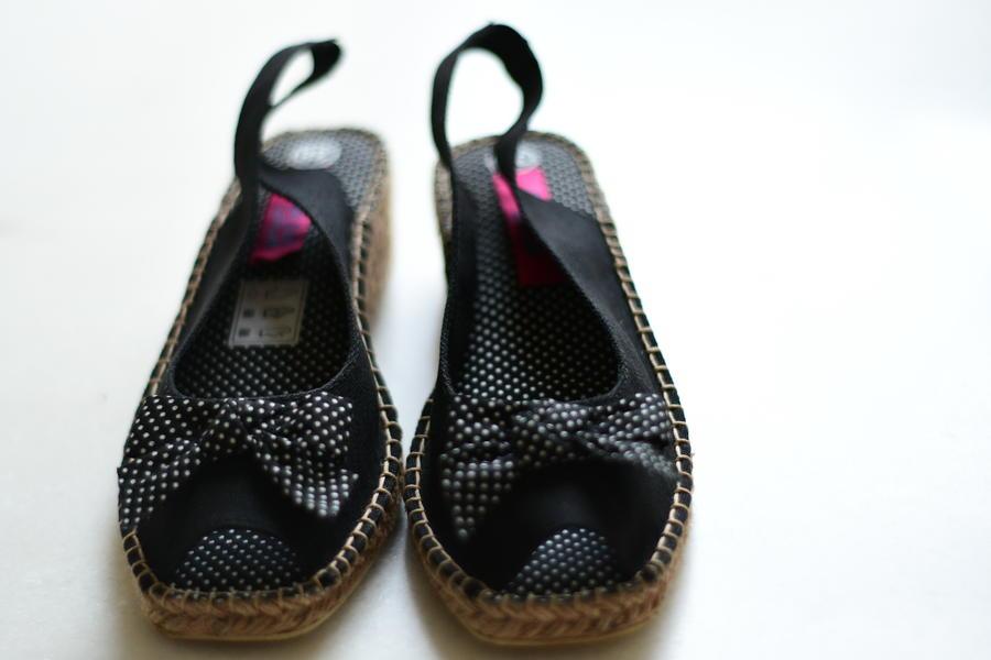 Sandalo con fiocco