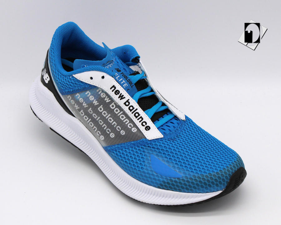 New Balance FuelCell Flite sneakers in 2 varianti