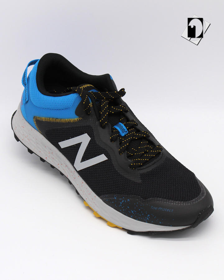 New Balance Fresh Foam Arishi sneakers in 2 varianti