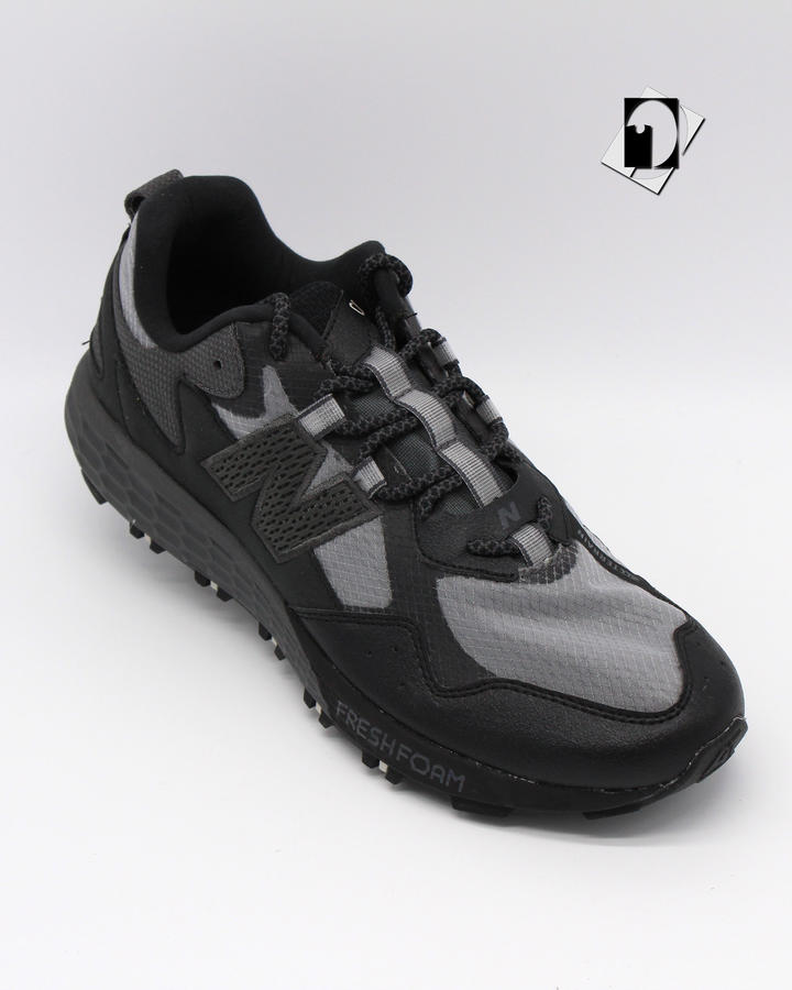 New Balance Fresh Foam Cragtr All Terrain sneakers in 3 varianti