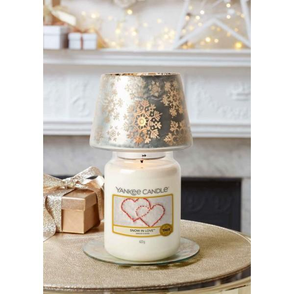 Linea Snowflake Frost Yankee Candle