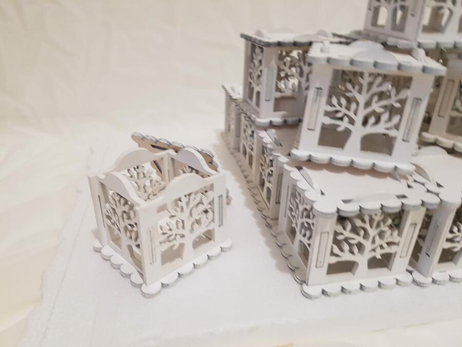 Scatola  alberello in legno bianco