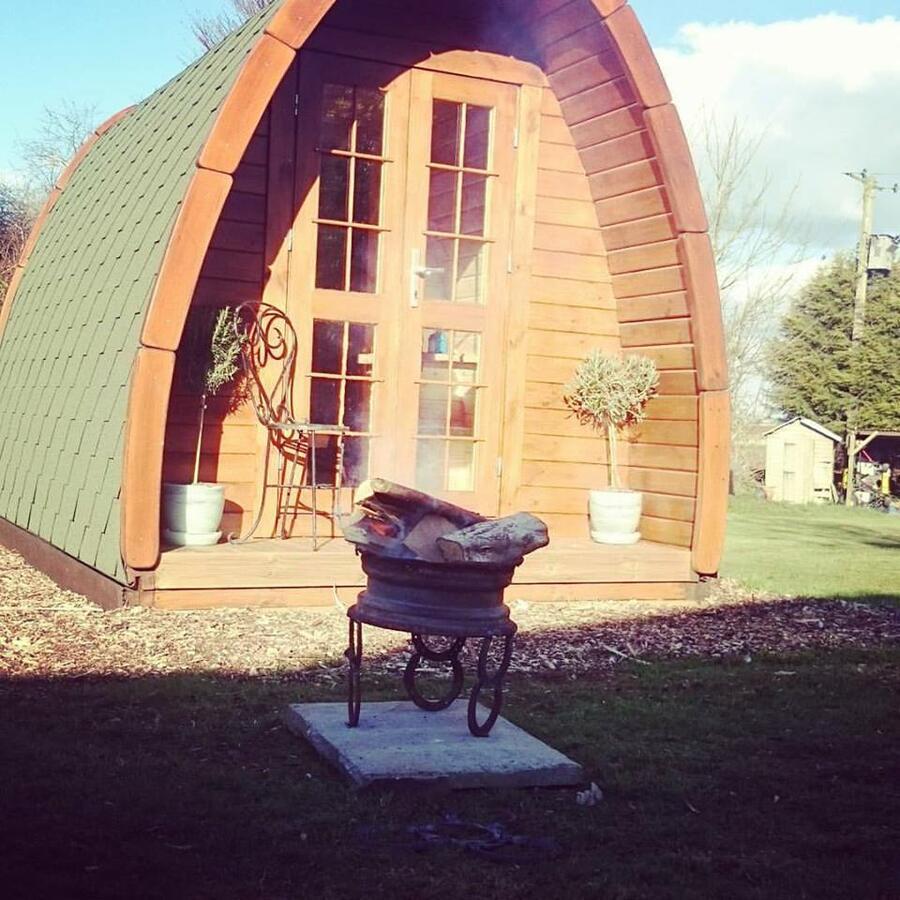 Glamping Pod in legno di pino nordico Mod. Danė 2,40 x 4,00 - 46mm