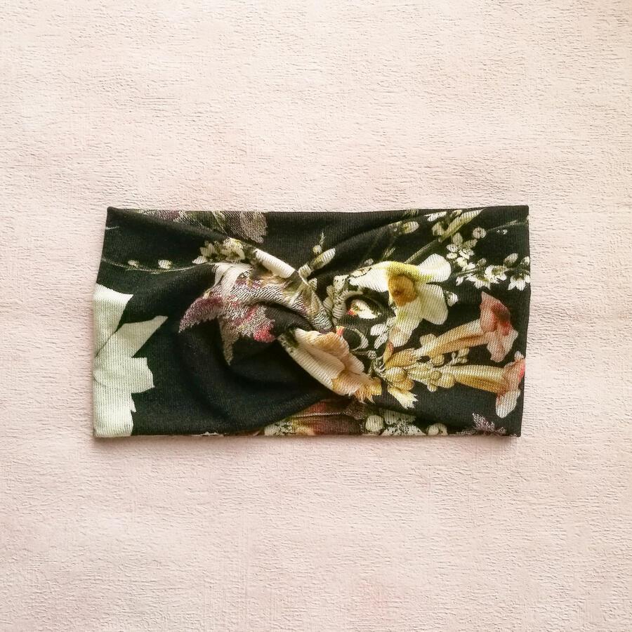 Fascia maglia nero fiori