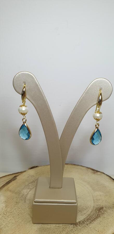 Orecchini ad amo con perla e cristalli