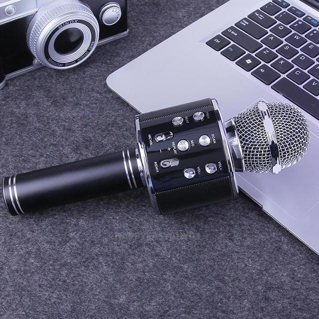 Microfono multifunzione wireless con bluetooth altoparlante cassa integrata