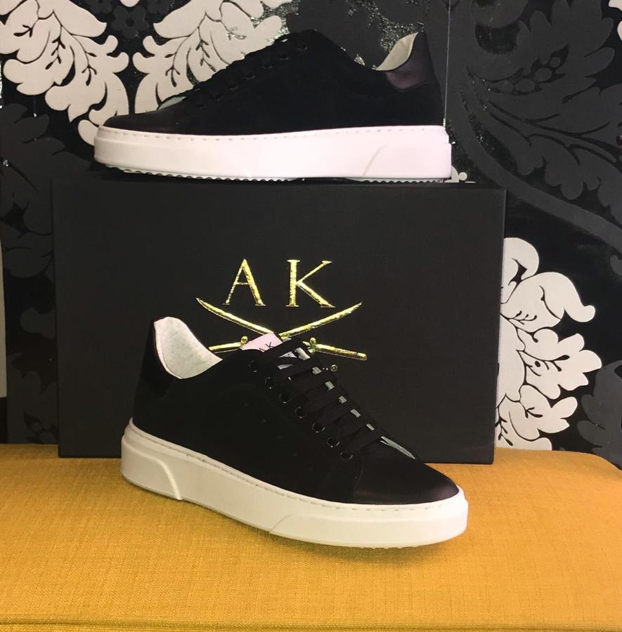 Sneakers uomo Anthony Kenji camoscio e pelle nera foderate in pelle