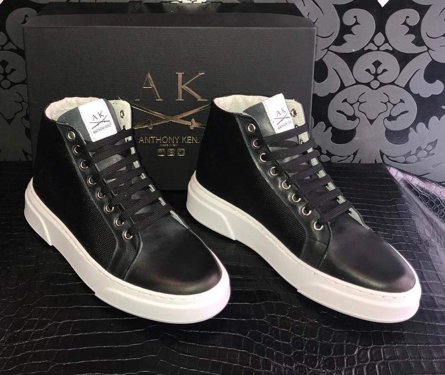 Sneakers uomo Anthony Kenji mezzo stivaletto in pelle nera