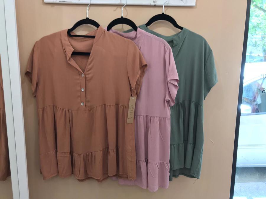 Blusa ampia in vari colori